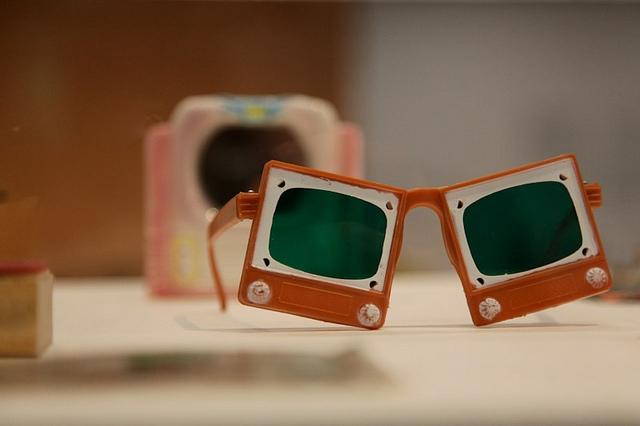 google-tv-glasses