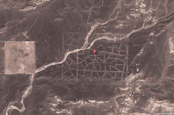 طرحهای عجیب در وسط بیابانی در چین
