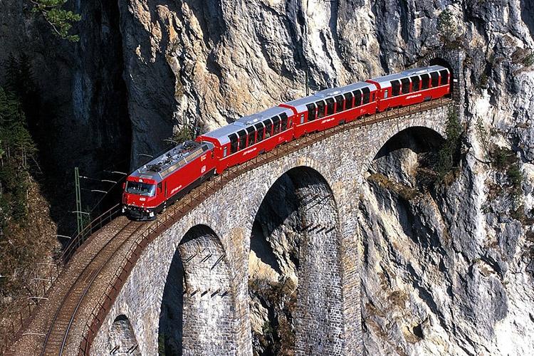 آشنایی با 10 خط راه آهن تماشایی