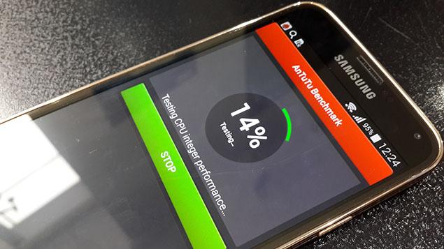 x8-Galaxy-S5-Review-toranji