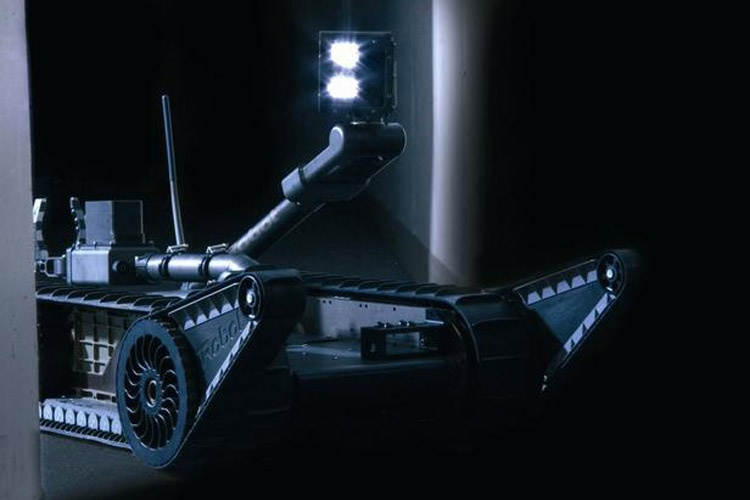 روبات نظامی PackBot