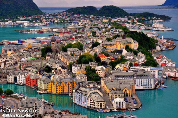 Top-29-Colorful-Alesund-740x490