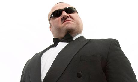 A-bodyguard-001